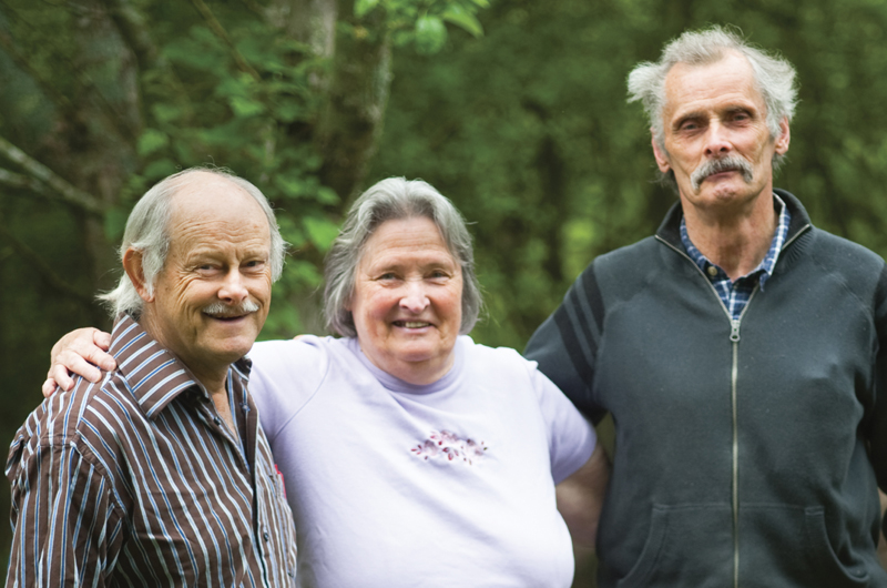 Dunkl siblings receive the 2017 Creative Living Award